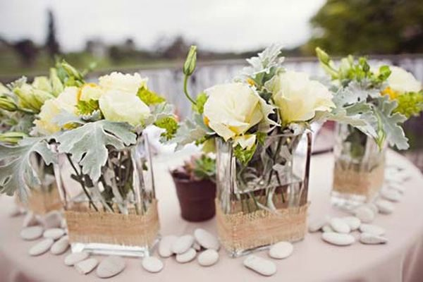 Create Beautiful Arrangement with Wedding Flowers
